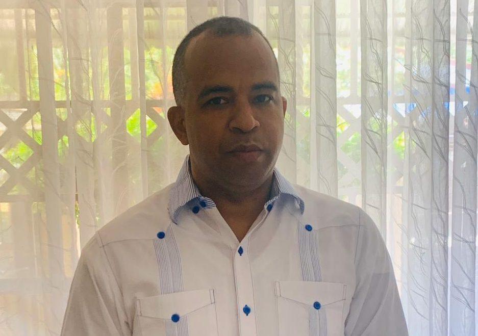 Víctor Bretón, dirigente del FALPO, asume el distrito municipal de Canca La  Reyna | Caribbean Digital